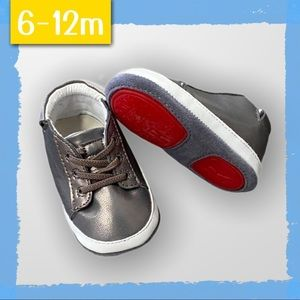 Hard Sole Baby Walking Shoes - Size 6-9m